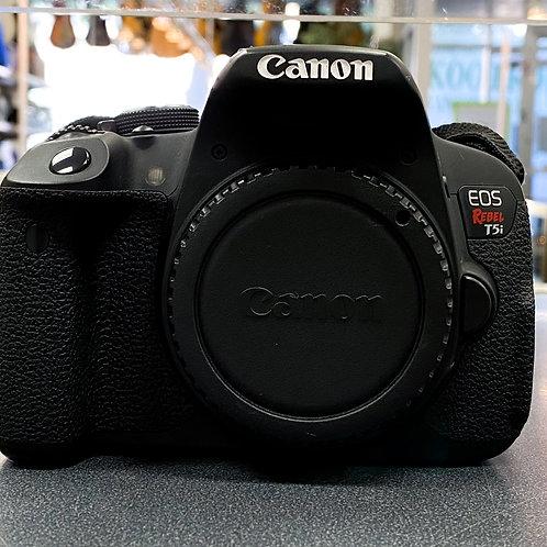 Canon Rebel T5i 18.0MP DSLR Camera Body