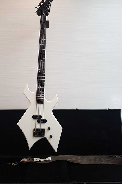 BC Rich White Warlock Platinum Series Bass Guitar (Exc.)