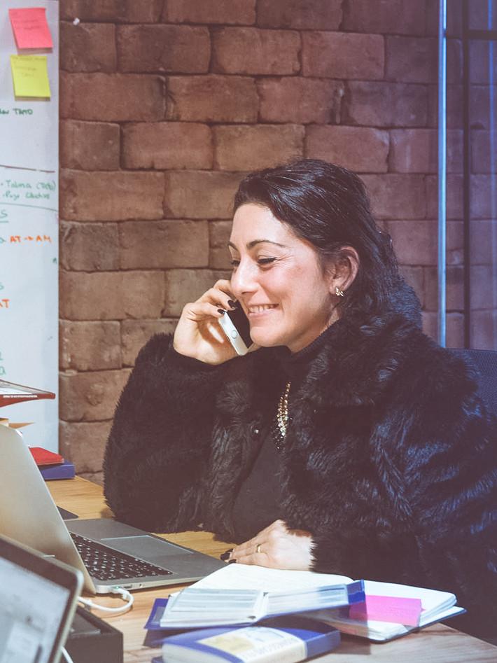 Andrea Manzur