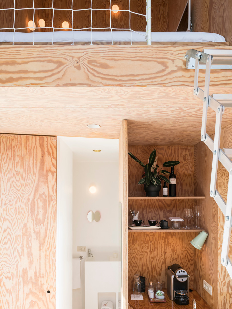 studiomie_one_room_hotel_lowres_8.jpg