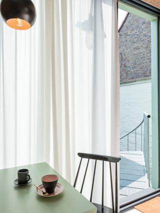 studiomie_one_room_hotel_lowres_10.jpg