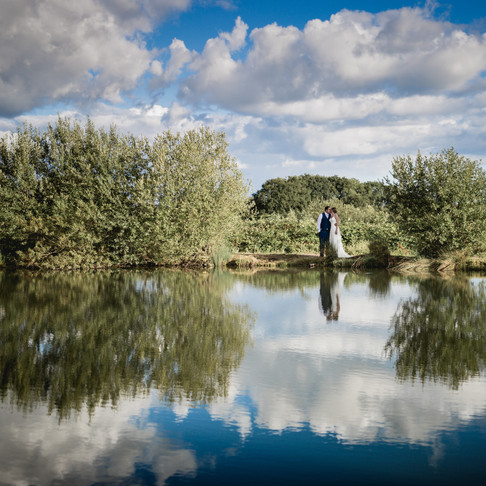 CHARLOTTE + GRANT  ///  A RUSTIC HOME-FARM WEDDING IN WORCESTERSHIRE