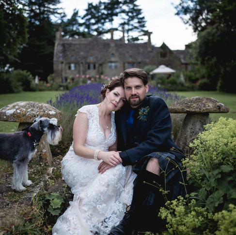 LEWIS + HANNAH /// A GORGEOUS COTSWOLD WEDDING AT CHARINGWORTH MANOR