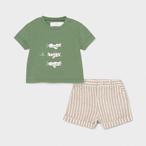 Conjunto pantalón corto y camiseta