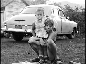 Enfants sur la route de Pinar del Rio, Cuba