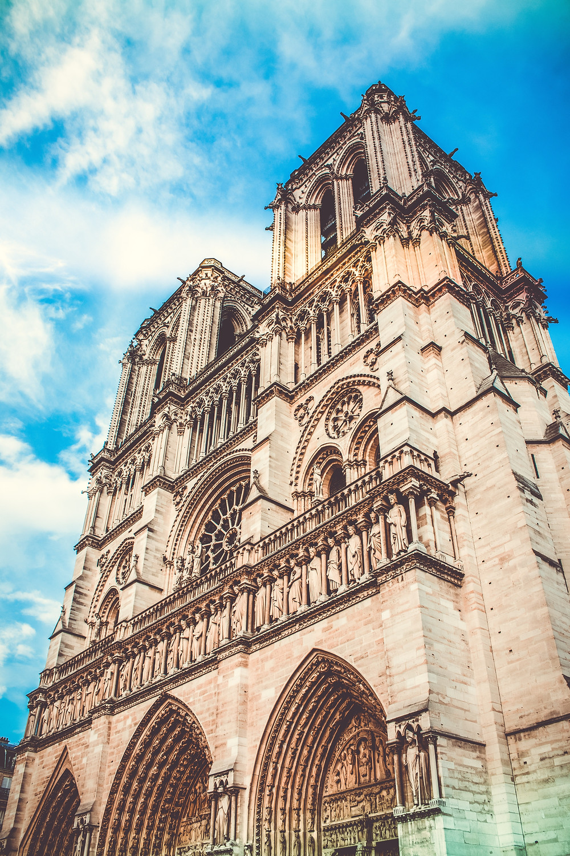 Notre Dame Vertical