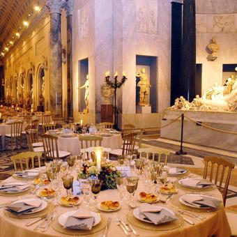Ein Gala-Dinner der Extraklasse: Speisen Sie mit Ihren Kunden in den Vatikanischen Museen | Agentur für Firmenevents Italien