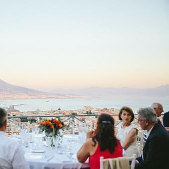 Ein Kundenevent in Neapel mit besonderem Highlight: ein exklusives Gala-Dinner mit Blick auf den Golf von Neapel | Eventagentur Italien