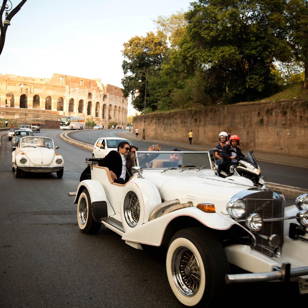 Erleben Sie eine aufregende Oldtimer-Rallye durch die ewige Stadt Rom mit Prosecco Pit-Stopp am Zirkus Maximus | Firmenreise Italien