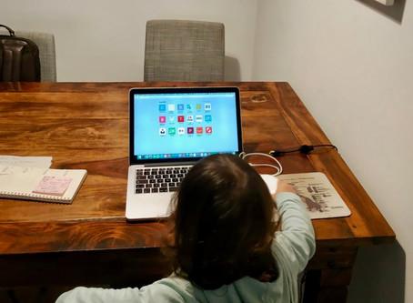 Home Office wegen Coronavirus: Zwischen Videokonferenz und menschenleerem Spielplatz