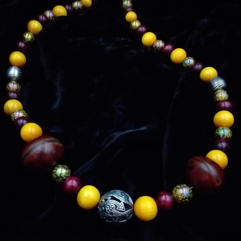"Vibrant 22"" necklace"