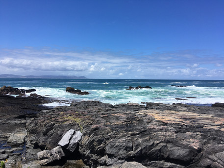 SOUTH AFRICAN COAST WHERE THE INDIAN OCEAN MEETS THE ATLANTIC OCEAN