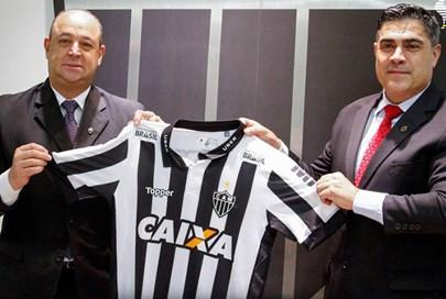 Atlético renova contrato com a Caixa, mas não estampará marca nas costas do uniforme