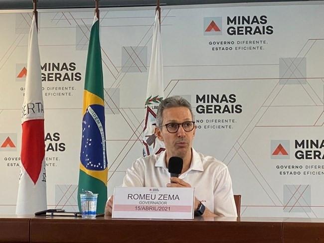 Zema lamenta que retorno às aulas presenciais em Minas tenha sido judicializado