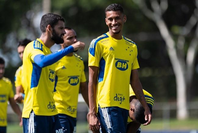 Coimbra x Cruzeiro: prováveis escalações e como acompanhar ao vivo o jogo pelo Mineiro