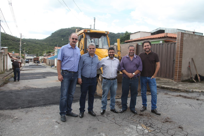 Prefeito, vice e vereadores acompanham operação Cidade Limpa