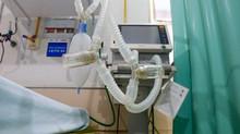 Secretário de Saúde de Minas diz que hospitais públicos não têm estoque de medicamentos para intubaç