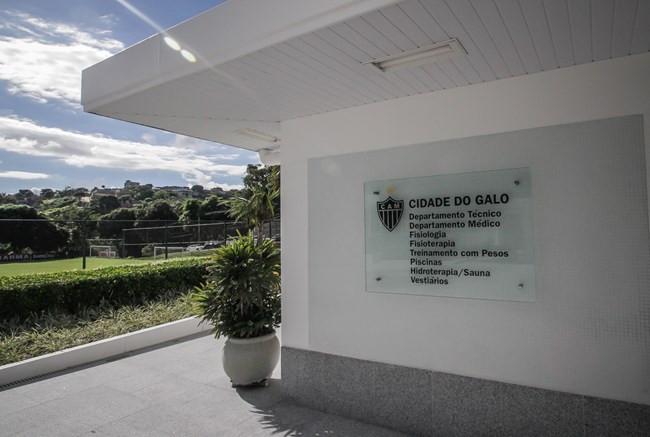 Atlético aguarda aval da saúde e data de retorno do Mineiro para voltar aos treinos