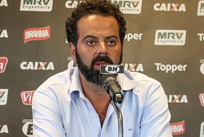 Daniel Nepomuceno reclama de arbitragem após vitória: 'Vem querer atrapalhar o espetáculo'