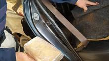 Drogas avaliadas em R$ 3 milhões são encontradas em encosto de banco traseiro de carro na BR-262, em