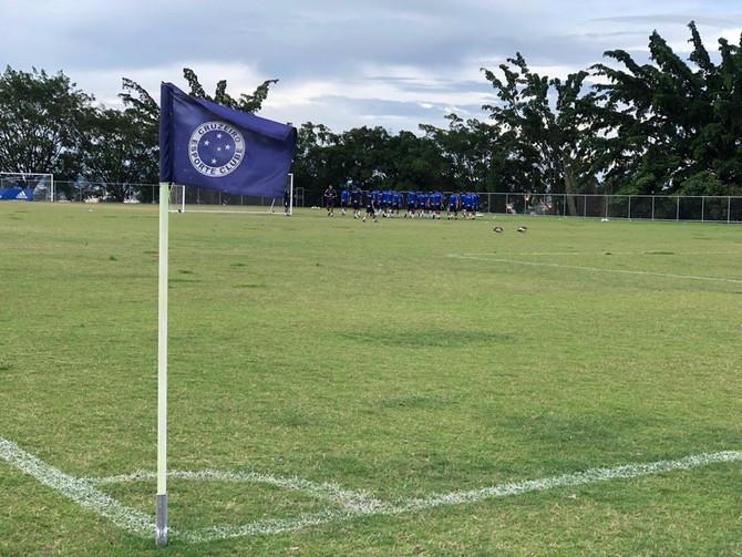 Cruzeiro espera aval da área da saúde para retomada dos treinamentos na próxima segunda