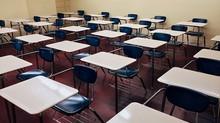 Covid-19: escolas particulares pedem reinício das aulas após vacina e estudantes e professores como