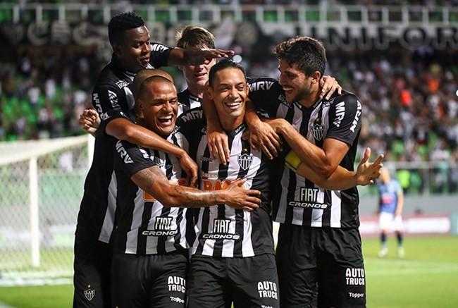 Com dois de Ricardo Oliveira e uma pintura de Jair, Atlético goleia URT no Independência