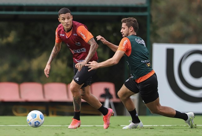 Galo se reapresenta com seis desfalques e duas dúvidas para jogo da Copa do Brasil