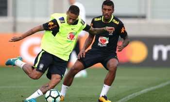 Com chegada de últimos jogadores, Seleção Brasileira treinará completa nesta terça-feira