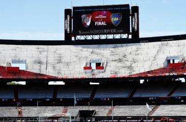 Conmebol pune River com portões fechados e multa e obriga Boca a jogar final da Libertadores