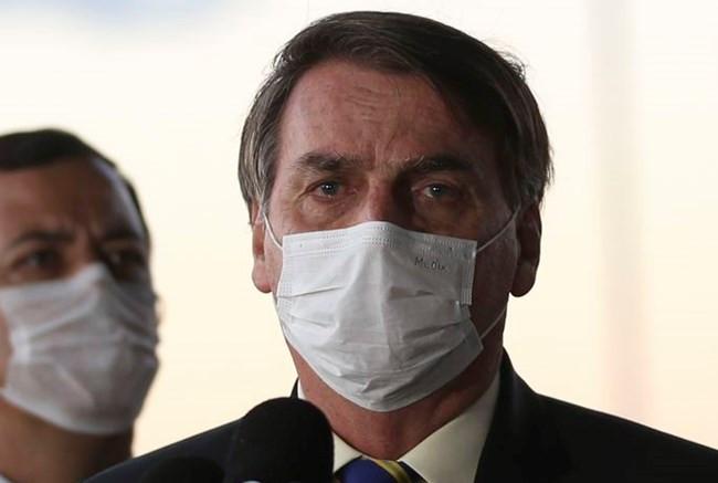 Bolsonaro, sobre auxílio emergencial: 'Isso não é uma aposentadoria, é uma ajuda emergencial&#39