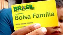 Bolsonaro diz que o governo pretende reajustar em 50% as parcelas do Bolsa Família até dezembro