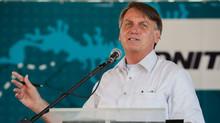 Bolsonaro apela para caminhoneiros não realizarem greve e avalia medidas no diesel