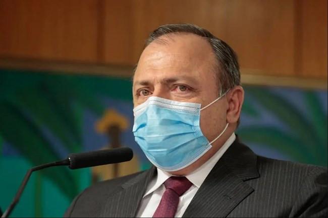 Ministério da Saúde anuncia compra de 100 milhões de doses da vacina Coronavac
