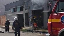 Incêndio é registrado pelo Corpo de Bombeiros em fábrica de calçados, em Nova Serrana