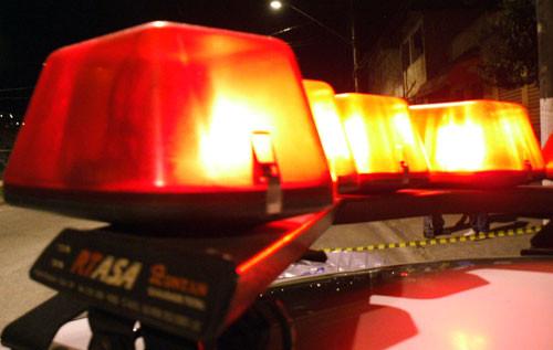 Homem armado assalta loja no Centro de Itaúna e leva quase R$2 mil