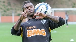 Atlético paga dívida de Maicosuel com ajuda de parceiros e evita perda de pontos no Brasileirão