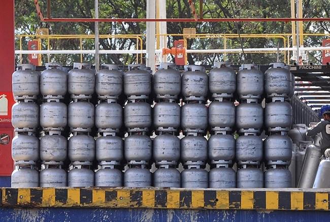 Gás de cozinha está 5% mais caro; preço do botijão de 13 kg pode chegar a R$98