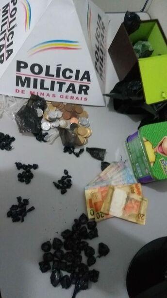 Autoras de tráfico de drogas são presos pela Polícia Militar de Itaúna