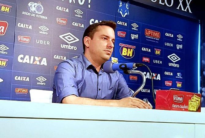 Klauss agradece chance no Cruzeiro e vê caminho 'mais fácil' para a nova diretoria