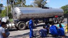 Transportadores de combustíveis em Minas Gerais confirmam paralisação nesta quinta-feira