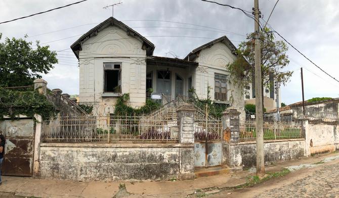 """DNIT faz cessão de """"Casa do Engenheiro"""" à Prefeitura de Itaúna"""