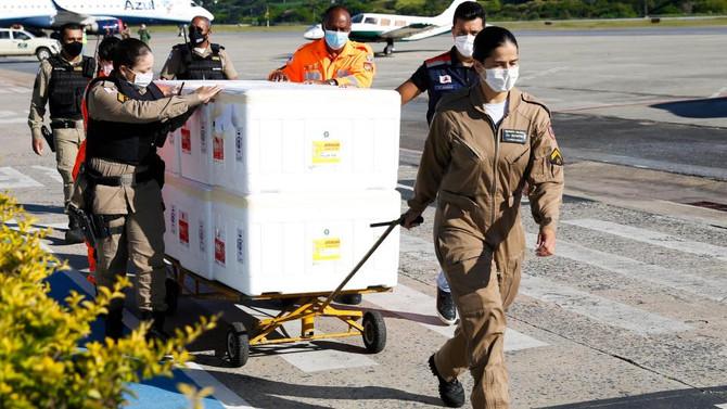 Minas vai receber mais 557 mil doses da vacina contra a Covid-19 nesta sexta