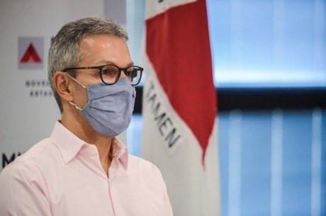 Zema sanciona lei que garante vacinação contra Covid-19 em Minas
