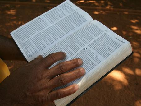 Biblia - 6 dní pred Pesachom