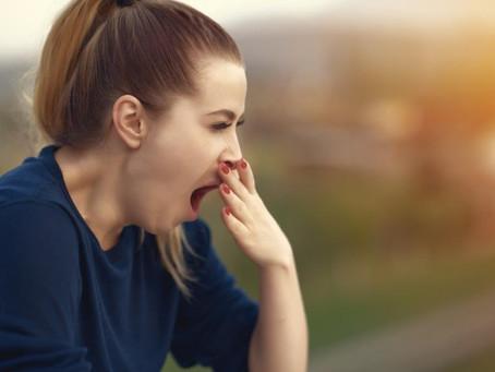 4 razones por las que podría sentir sueño después de comer