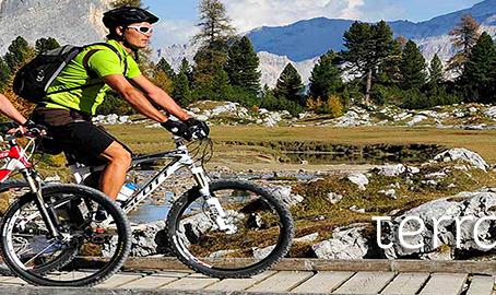 Lindos lugares para pedalar no exterior