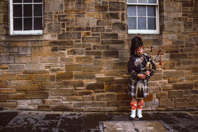 There is no photo more Scottish than this! Scotland his famous because of it's musicians playing bagpipes on the roads of Edinburgh