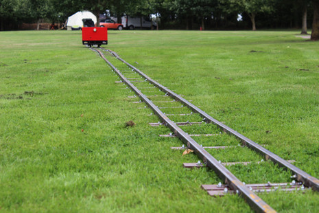 Laying of portable track for TFLR