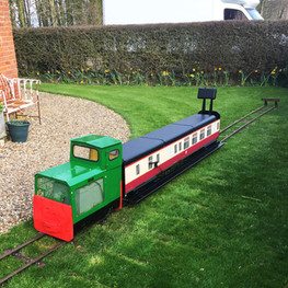7 1_4 guage train back garden portable